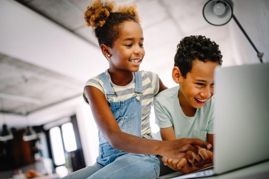 HP_Cloudmarkt_Education_Kids4_900_600